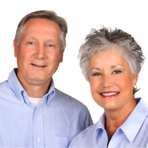 Looking Glass Realty - Agent - Carol and Robert Clay